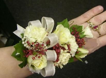 White Rose Corsage Upper Dublin High School, Wissahickon High School, Prom Flowers, Corsage, rose